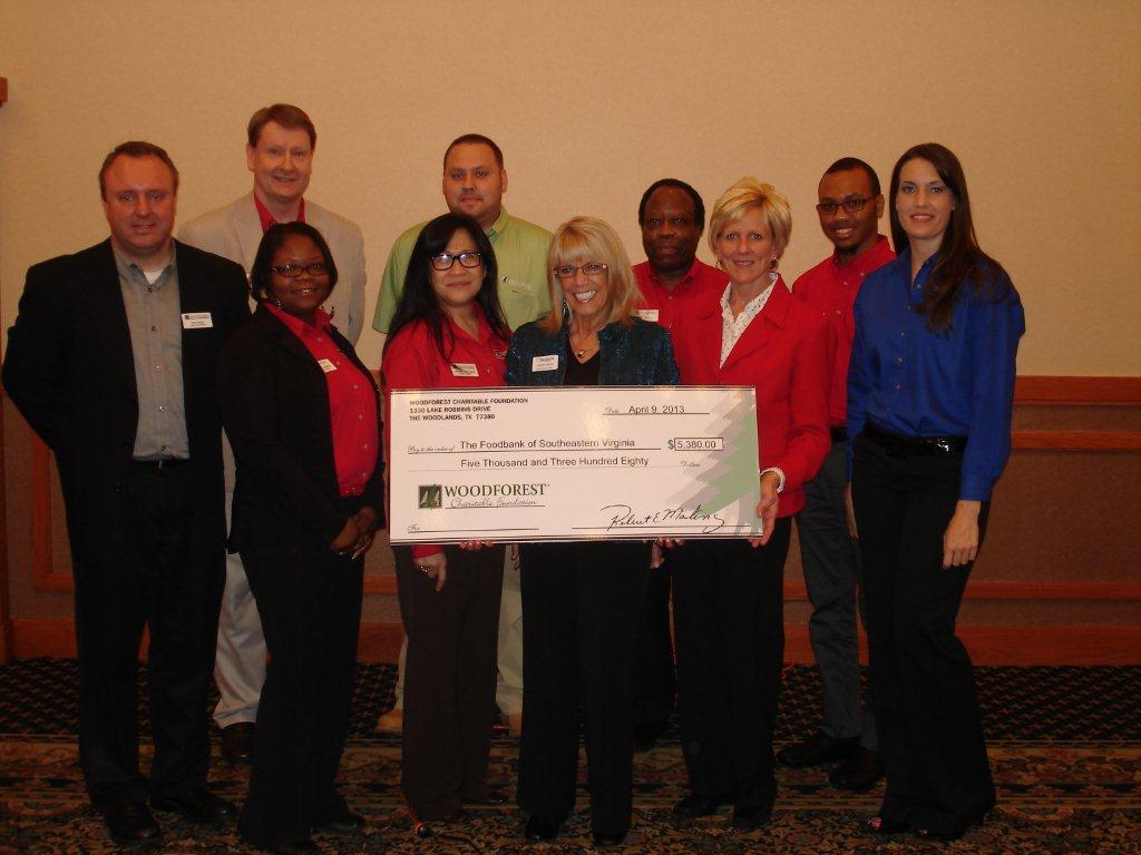 Foodbank of Southeastern Virginia and the Eastern Shore receives $5,380 donation from Woodforest Cha