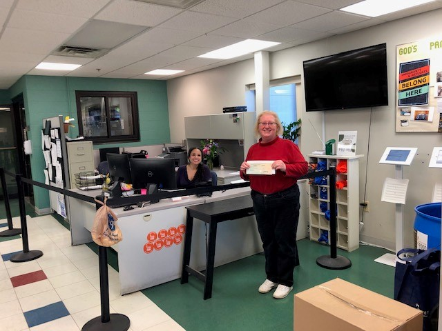 God's Pantry Food Bank receives $4,600 donation from Woodforest Charitable Foundation.