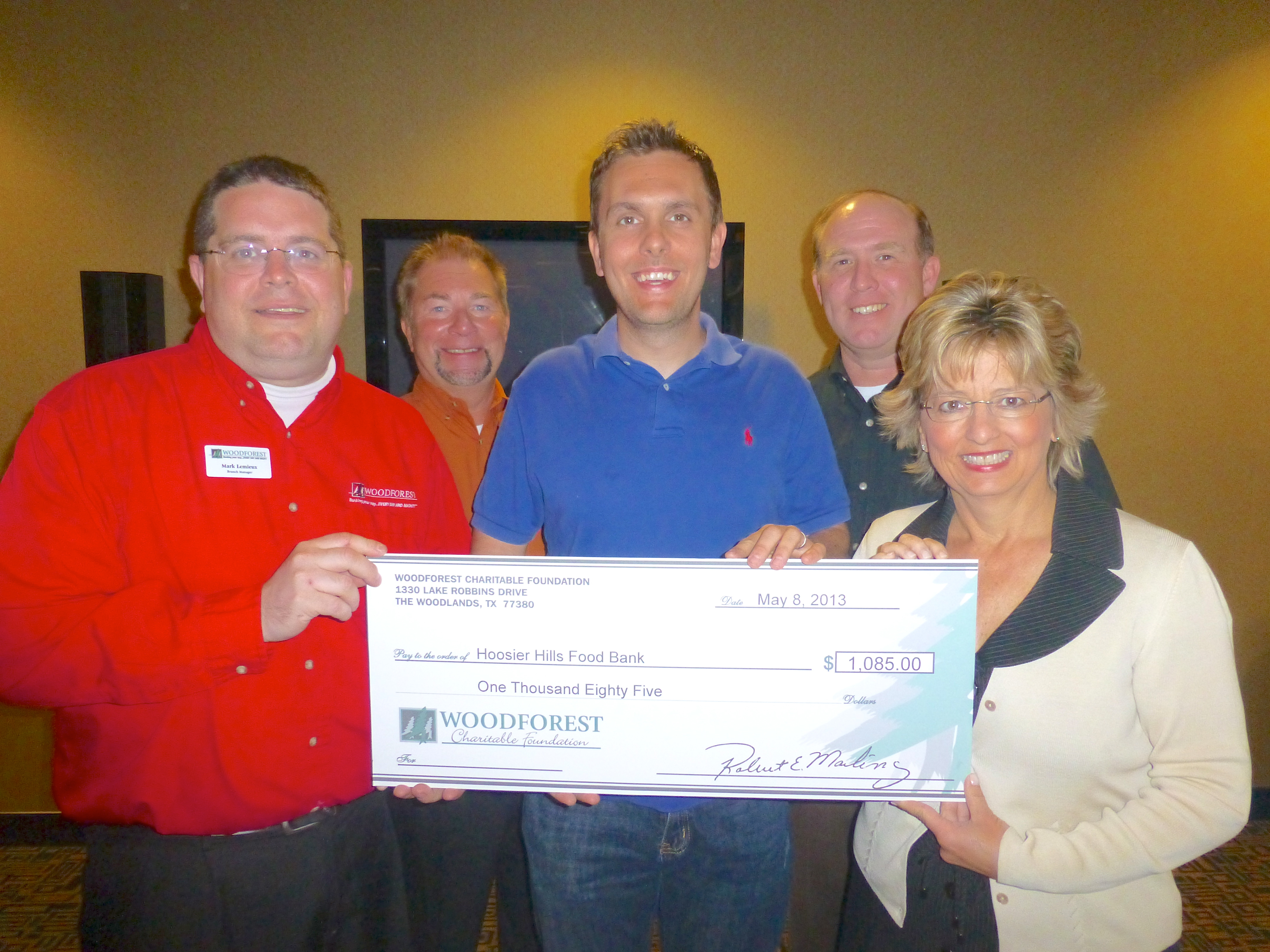 Hoosier Hills Food Bank receives $1,085 donation from Woodforest Charitable Foundation.