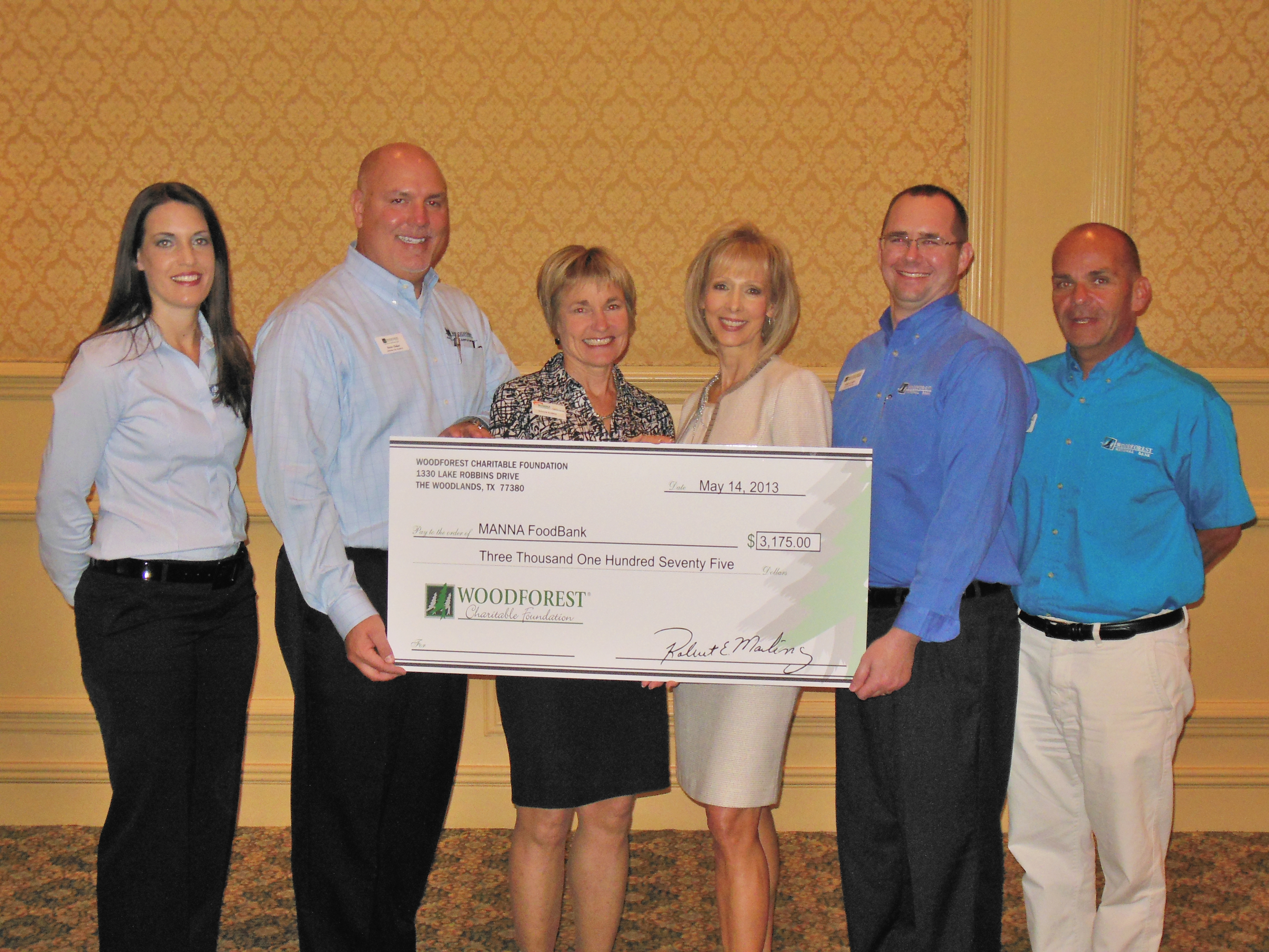 MANNA Food Bank receives $3,175 donation from Woodforest Charitable Foundation.