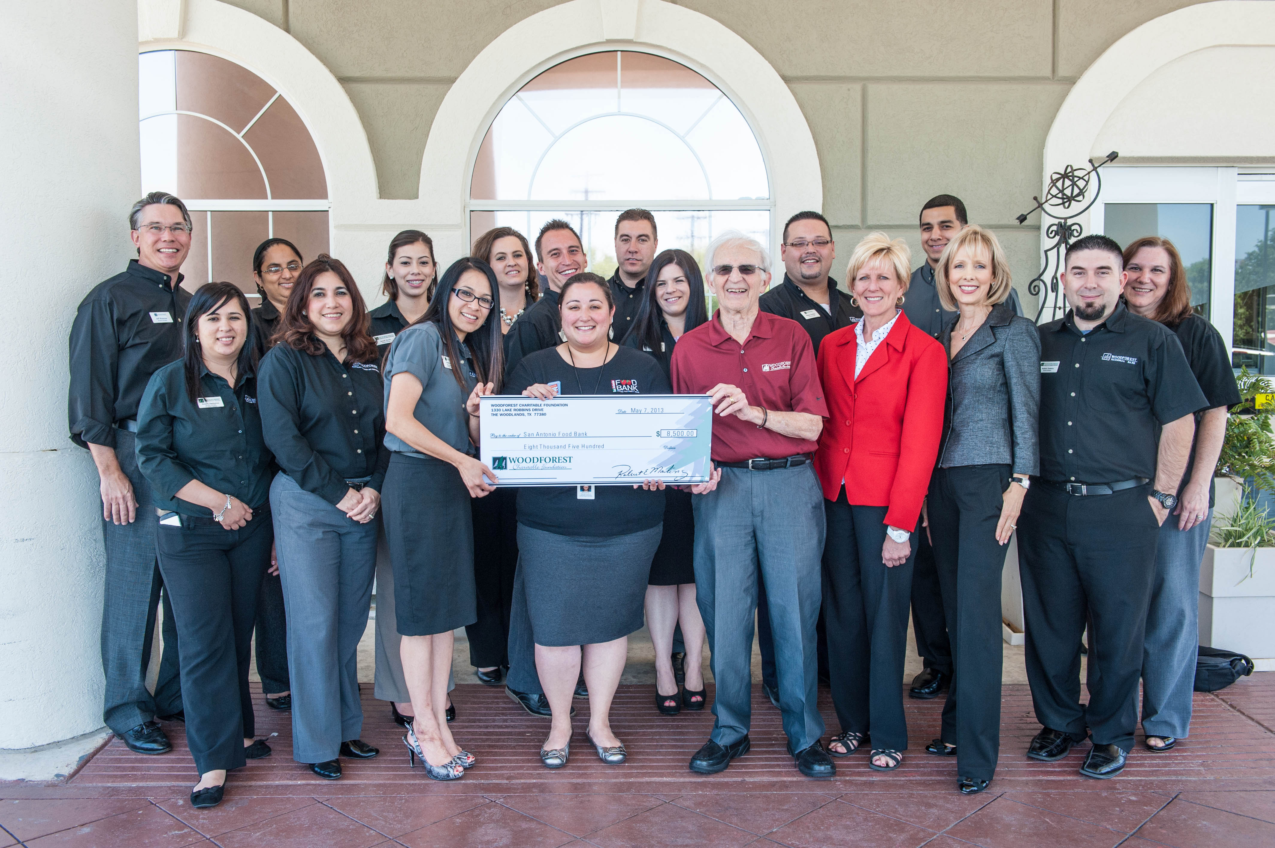 San Antonio Food Bank receives 8500 from Woodforest Charitable