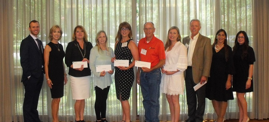 The Woodforest Charitable Foundation recently donated to local charities supporting food insecurities.